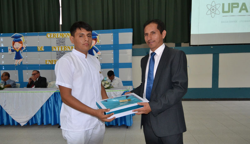 Ceremonia de pase a internado estudiantes de enfermería-2